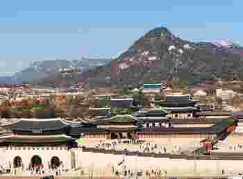 外国に行くと言葉も文化も違う分、非日常が体験できてリフレッシュします。とはいえ、なかなか遠くには行けないという場合は、韓国や台湾など近場の国へ行ってみませんか?国内旅行と変わらない時間で行くことができますよ。