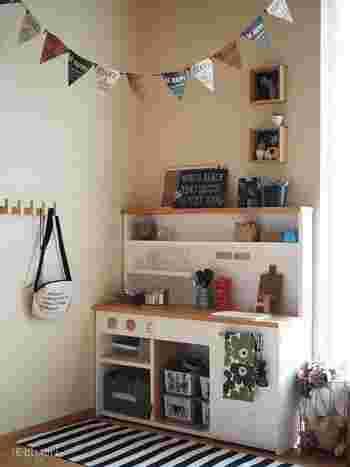 かわいらしいフラッグタイプのガーランドは子供部屋にぴったりのアイテム。お部屋を一気に楽しい雰囲気にしてくれます。