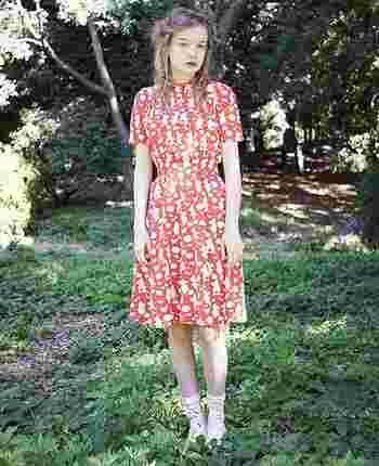 「Ivana Helsinki(イヴァナ・ヘルシンキ)」はフィンランド出身のブランドです。2015年から日本にも展開し、ユニクロなどともコラボするなど日本でも注目のアパレルです。