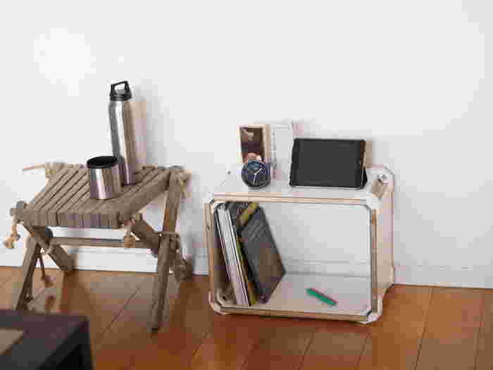 釘も金づちも使わず、六角レンチのみを使って自由に組み立てられる家具「PLAYWOOD(プレイウッド)」。入れるものに合わせてお好みのサイズに作ることができるので、どんどん増えてしまう絵本の収納にもぴったりです。