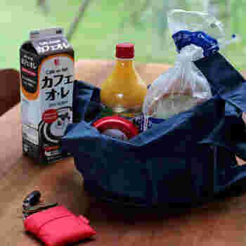 環境に優しい「エコバッグ」ですが、食品を入れて運ぶことを考えるとやっぱり衛生的であることが一番大切!「エコバッグ」を選ぶときには、洗濯やアルコール除菌などがしやすい素材を選んでおくと、安心ですよね。