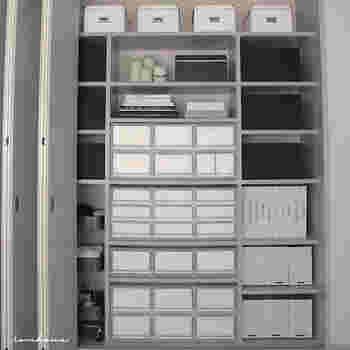 収納スペースが限られている人こそ、PPケースを上手に使って収納を広げましょう。ちょっとしたスペースにもぴったりはまるから、一人暮らしの方こそおすすめですよ。