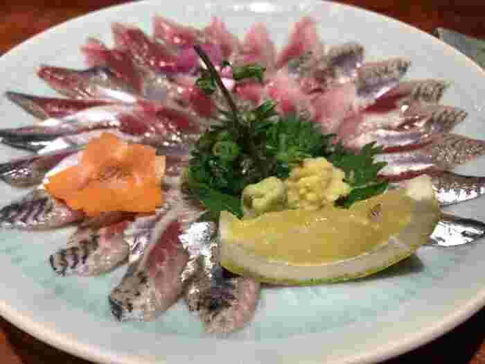 魚は全て産地が表示されています。季節ごとに旬の魚が楽しめますよ。