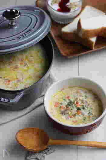 具だくさんで食べ応えたっぷりの和風ポタージュレシピ。細かく刻んだ具材は作りおきしておけば、朝、調味料を合わせた豆乳と煮込むだけで完成です!