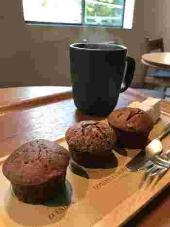 シンプルにチョコレートを楽しみたい方には、3種類のチョコレートの違いを食べ比べられるマフィンのプレートもおすすめです。