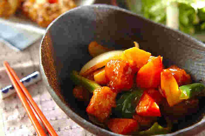 甘酢の香りが食欲を誘う酢豚。サッと揚げた豚肉の香ばしい風味と、甘酢の酸味、サッと炒めた野菜のシャキシャキ感が堪りません!
