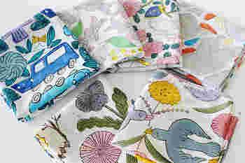 絵柄は「鳥と花」や「花4種」、「シロクマ」に「青い鳥」、「スズキとすずらん」や「じどうしゃ」の全6種類で展開。どの絵柄も可愛くて選ぶのに迷ってしまいそう。プレゼントにもおすすめですよ♡
