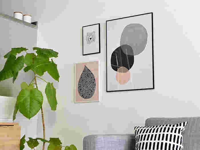 幅広いサイズでデザイン豊富、壁にぴったりのアイテムといえばポスターですよね♪一枚でお部屋の雰囲気がぐっと変わります。