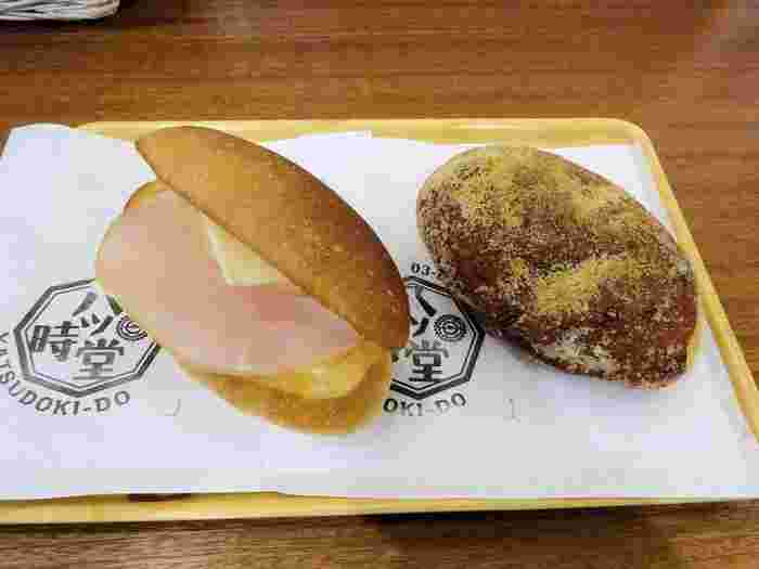 こちらはトースターで軽く焼いたパンとハム&チーズの相性が◎な「ハムチーズ」と、昔懐かしい味わいの「揚げパン」。いずれもシンプルな美味しさが魅力的です。