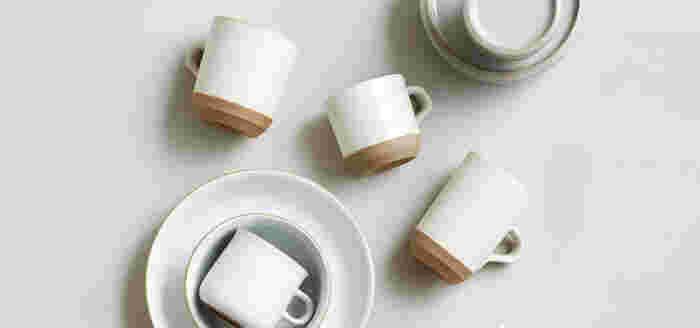 """KINTOが立ち上げたブランド""""Ceramic lab.""""のマグカップ。ずしっとした重厚感、そして底部分のシャープなライン。二つの表情がつくり出すデザインは独特な魅力が◎ 硬質な磁土が使われる波佐見焼は、丈夫。毎日安心して使うことができます。"""