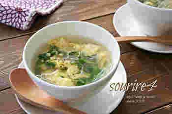 こちらは、調味料にナンプラーを使うところがポイント。市販のスープの素を使わず、干しエビのだしを味わいます。豆苗やしいたけも入って、春雨入りなので、軽食としても良いでしょう♪