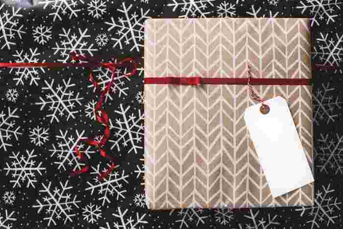 タグに「メリークリスマス」と書いたり、スタンプやイラストなどで彩ればオリジナルになりますね!