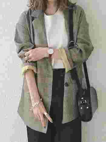 秋のファッションをシックに彩るジャケット。キレイめに着たり、カジュアルなアイテムと組み合わせて着たりとその着こなしはさまざま。
