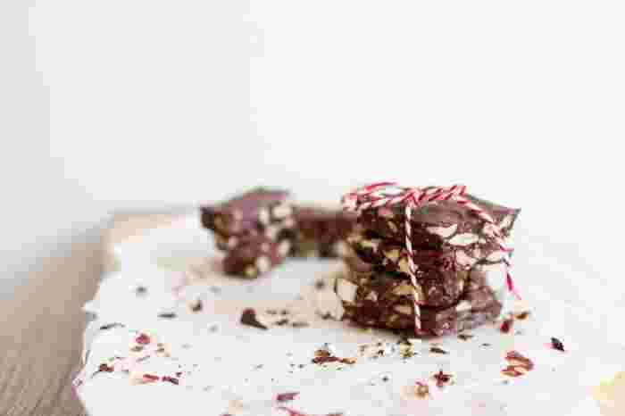 そこで今回は、チョコレートが大好きで、カカオに目がないチョコレートホリックに捧げる、鎌倉の魅惑的なチョコレート専門店をご紹介します♪