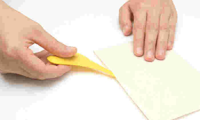 カラーは3色。ビタミンカラーが、デスクの上を元気にしてくれそうですね!汚れた場合は、柔らかい布やスポンジ等で優しく拭けばOKとお手入れも簡単です。