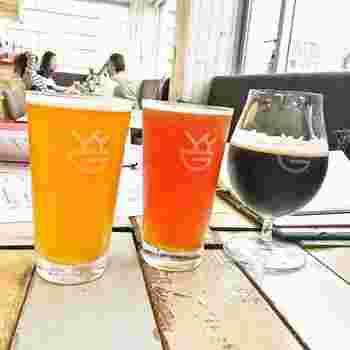 ブルワリーで醸造されるビールのほかに、国内外のゲストビールも揃っていて、ビール好きにはたまりませんね。
