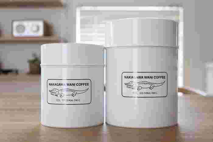 珈琲マニアの人なら知らない人はいない、珈琲焙煎家・中川ワニさん。 彼の焙煎した珈琲は、入手困難で幻の珈琲ともいわれています。