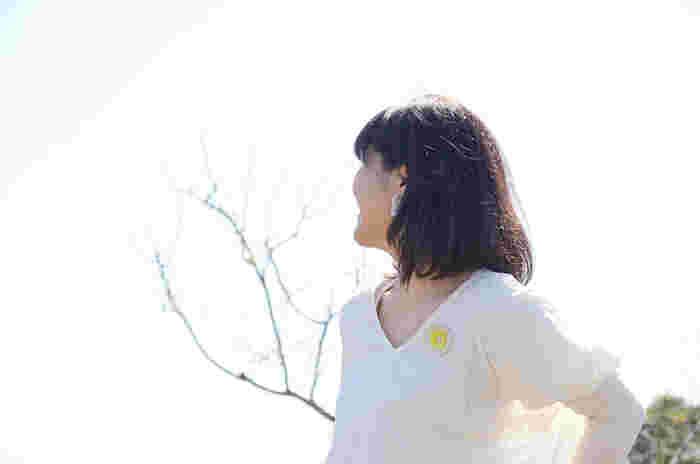 自然が多く、空も大きく広い。生まれ育った千葉のこの場所が大好きだという宇津木さん。