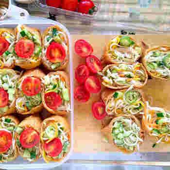 ひんやり涼し気な冷や麦いなりもいいですね。おもてなしランチやピクニックのお弁当にも合いそう。ビビットなトマトに目を奪われます。