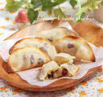 熱々で食べたい、とろっと甘いりんごがとろけるアップルパイ風おやつ。ひと口サイズなので、お子様も食べやすいですね。焼きたての食べごろを逃さずに♪