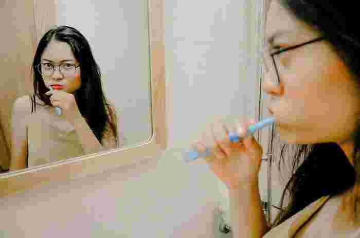 磨いたつもりになってない?正しい【歯磨き】の仕方とケアアイテム