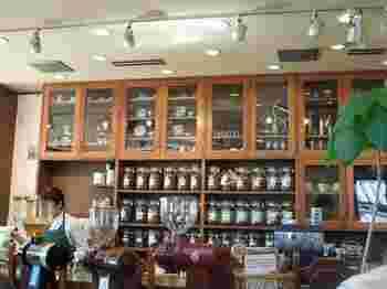 コーヒーの種類の多さは、専門店ならでは。 ですが、本格的な専門店にありがちな入店しづらい雰囲気は全くなく、ゆったりとコーヒーをいただくことができます。