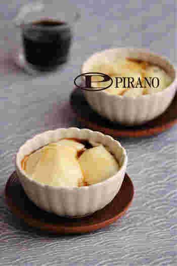 電子レンジを使って簡単につくれちゃう、中国発祥のデザート豆乳花 (ト―ルーファ)。コッテリしたものを食べた後のお口直しとして食べたい味です。