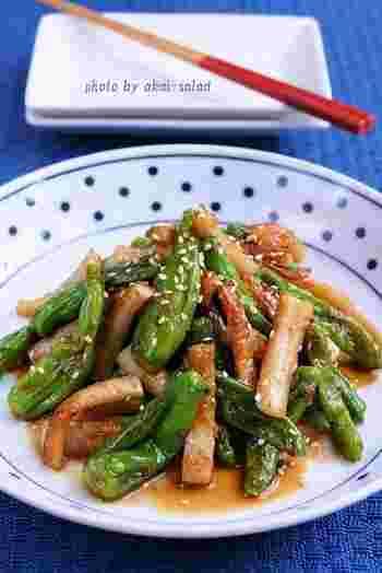 ほんのり旨味があるちくわを使って、パンチのある料理を作ってみませんか?こちらは、しし唐と合わせて炒めた中華料理。いつもとは違うちくわを味わえるかもしれません。