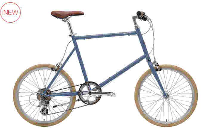 ご近所への買い物やお散歩にぴったりの「TOKYOBIKE 20」は、小径車を採用したコンパクトなフォルムが特徴です。フレームサイズは42㎝のSサイズと、50㎝のMサイズの2種類を展開しています。どちらもセミマット仕様の上品なフレームデザインが魅力的。おしゃれで快適な自転車があれば、毎日の暮らしがさらに楽しくなりそうですね。