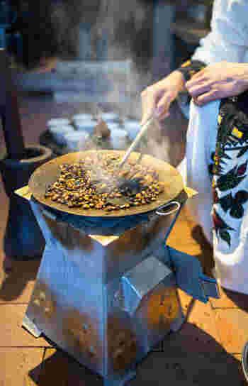 マスカル珈琲では、毎月11日に「エチオピア式コーヒーセレモニー」を開催しているんだそう。このイベントも必見です!