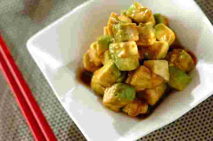 こちらは中華風の味付け。ゴマ油とにんにくが効いて、おつまみにもぴったりです。