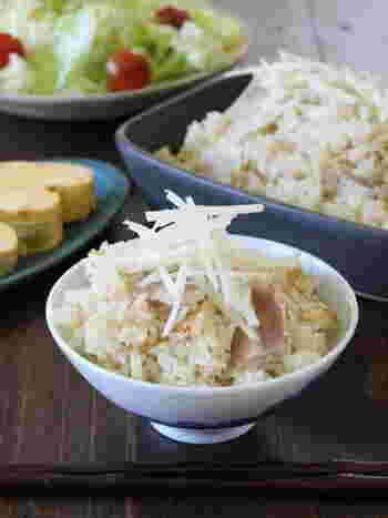 辛みの少ない新生姜は、炊き込みごはんにたくさん入れても本当に美味しいですよね。薄切り豚バラ肉のコクを加えたこちらのレシピはボリュームもあって、食べ盛りの男の子たちもモリモリお代わりすること請け合いです。