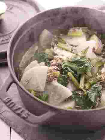 サバ缶を汁ごと使ったヘルシーレシピ。小松菜も入っていて栄養満点です。