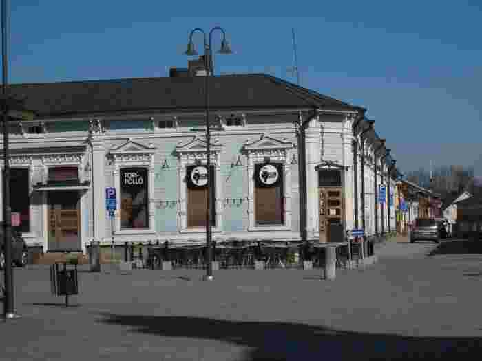 ラウマ旧市街は、フィンランドの南西部の都市・トゥルクに位置するスポット。  北欧最大の木造家屋の町として知られているスポットで、15世紀頃にスウェーデンとの交易で栄えていた町です。  17世紀頃に焼失していますが、18世紀から19世紀にかけて再建されています。