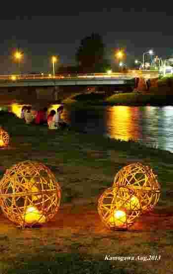 日本では「仙台七夕祭り」や「京の七夕」など、七夕の笹飾り以外にもさまざまな催しが開かれていますよね。 特別な日「七夕」ですから、せっかくなら七夕らしいメニューで七月七日を楽しんでみませんか?今回は、伝統的なメニューや、子どもにも喜ばれるスイーツ、七夕パーティーにぴったりのメニューをご紹介します。