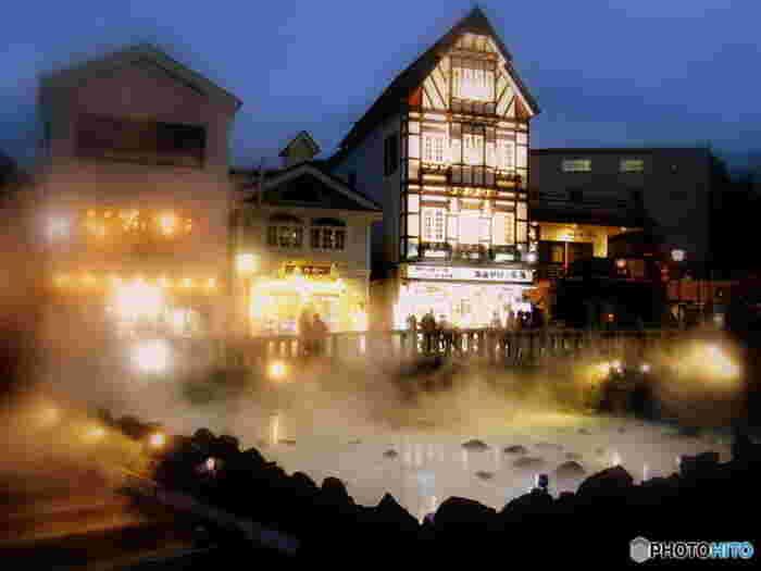 温泉に入りたい!!という方はぜひ草津へ。有名な草津の湯畑は、ノスタルジックな雰囲気で温泉旅行気分を盛り上げてくれます。