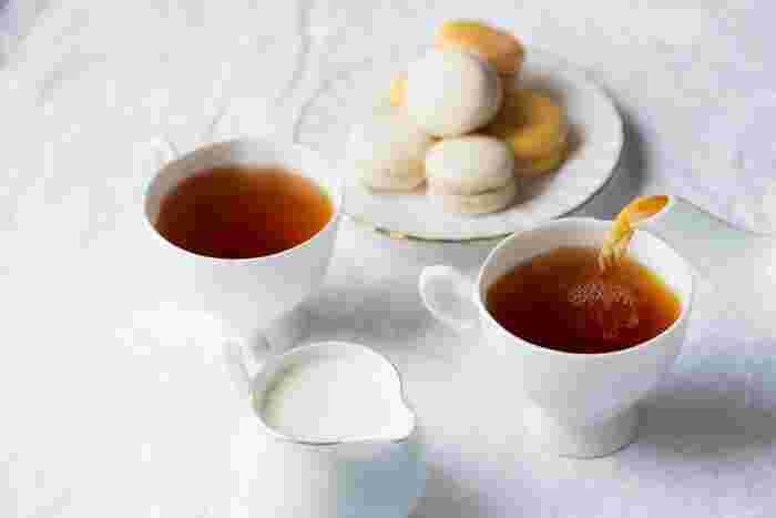 紅茶の本拠地といえば、優雅なアフタヌーンティーでお馴染みのイギリスですが、その茶葉は主に、インド、インドネシア、スリランカで栽培されています。