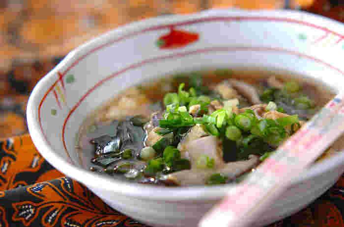 やさしい味付けに身も心もホッとするスープ。食欲のないときにサラサラと食べたくなります。
