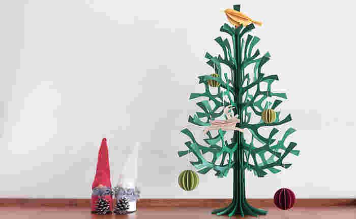 グリーンカラーはクリスマスツリーとしてぴったり。