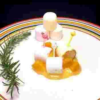 レモンの酸味があるレモンカードは甘いマシュマロともよく合います♪