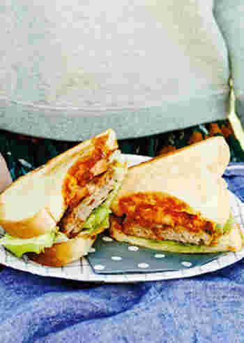 いろいろなサンドイッチのレシピ、いかがでしたか? 好きなものを好きなだけ挟めるサンドイッチは、作っているとなんだかワクワクしてきますよね。 気持ちのいいお天気の日は、お気に入りのサンドイッチを持ってお出かけしてみませんか?