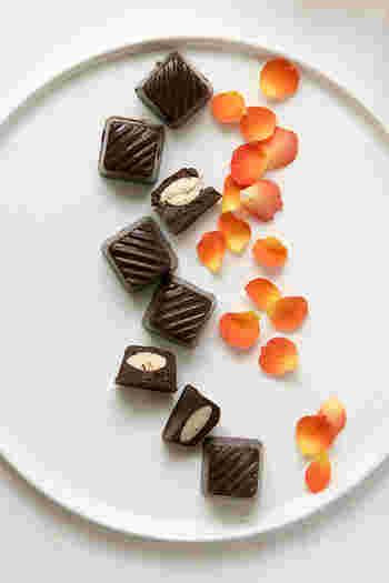 定番のチョコレートを作るなら素材にとことんこだわってみてはいかがですか?簡単なのに上品でヘルシーなチョコレートです。