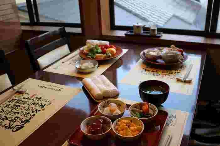 日本に伝わる「和食」を大切にしながら、四季の食材を使って丁寧に作られたお料理は絶品です。中でも三田牛を使ったお料理は思わず歓声があがる美味しさですよ。