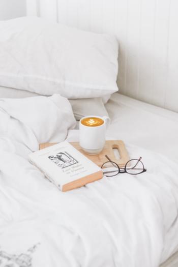 気持ちと心を元気にするためには早く寝て早く起きるという、基本的な生活習慣が大事になってきますね。健康な体を維持するためにも1日のリズムを整えることは重要です。