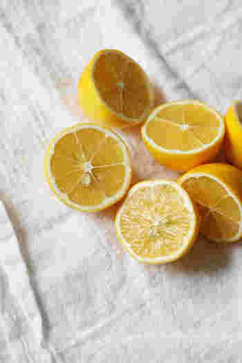 レモンを加えることで、自然で爽やかな酸味がプラスされます。お好みで自分だけの分量を見つけてみて下さいね。