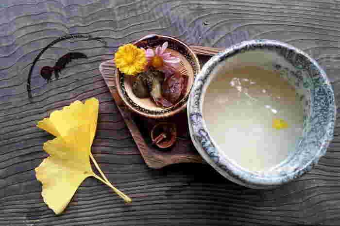 米、米麹から作ったり、酒粕から作ったり、または玄米から作ったり、甘酒といってもレシピは色々あります。