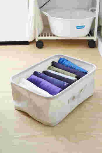 軽くてソフトなので、衣類の収納にもおすすめです。洗濯物をたたんで各部屋に持って行くのにも便利で、そのままクローゼットに収納することもできます。