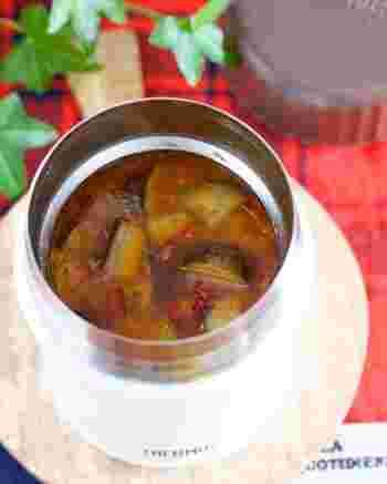 豆板醤のピリッと辛いスープも体の中から温まりますね。たっぷりなすも食べられて、たくさん作ったスープは麻婆丼にもできます。麻婆茄子をお弁当に入れるとどうしても油っぽくなってしまうので、あっさりと食べたい時はスープにするのがおすすめです。