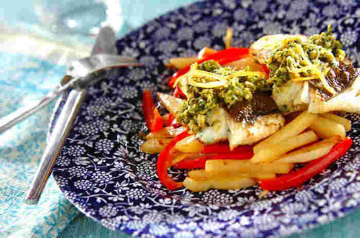 スパイスをふんだんに使ったお魚料理のレシピ。淡泊な白身魚もスパイスを使うことで、香り高い風味に仕上がります。クミンパウダーなどのスパイスがない場合は、カレー粉でも代用できるますよ。