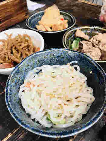 美味しい料理がちょこちょこっと味わえるよう、小鉢の種類も豊富にあります。
